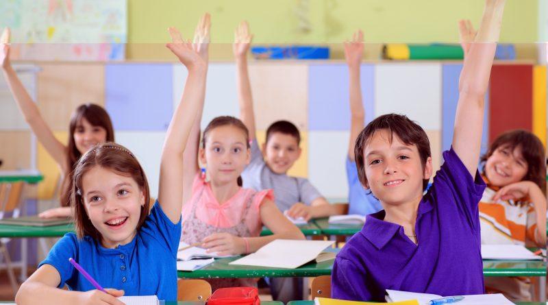 http://spanishforamerica.com/wp-content/uploads/2016/06/kidsinschool.jpg